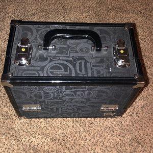 Caboodle Case